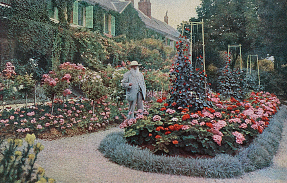 Claude Monet at Giverny.